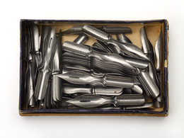 1962S01667.01357 Box of Perry Pens